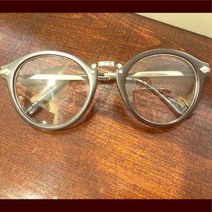 Accessories - NWOT O2 eyewear non prescription glasses